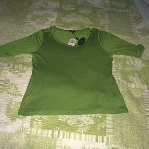 Silky green knit top NWT